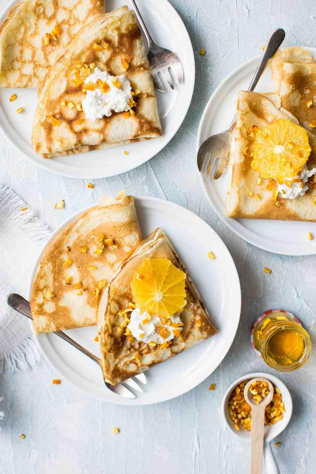 Comment étaler la pâte à crêpes sur une assiette?